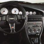 Проблемные места в салоне автомобиля Audi 100 C4