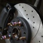 Особенности трансмиссии и тормозов в автомобиле Škoda Octavia Tour