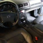 Особенности салона автомобиля Mercedes-Benz S-Class W140 с пробегом